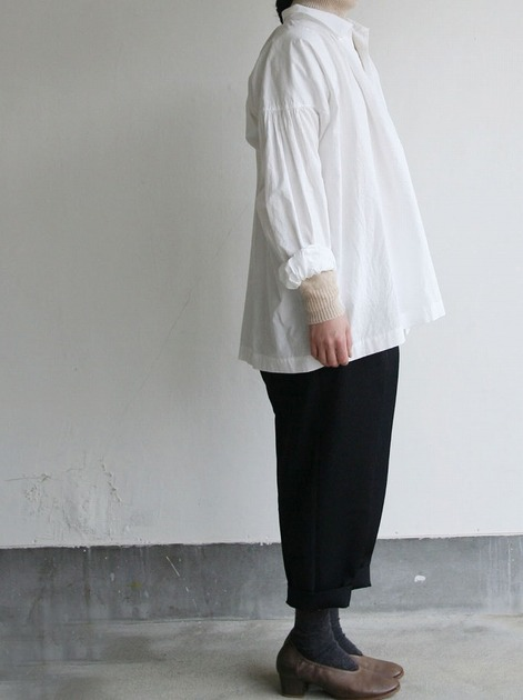 Roll collar gather blouse medium/Big tapered pants 3