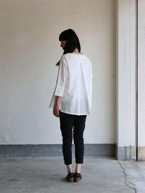 Big tuck blouse/Woven leggins short 3