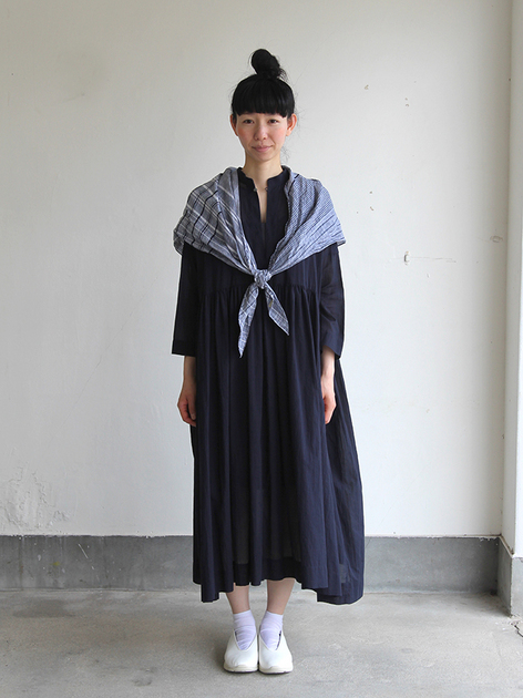 Triangle shawl / Gather bottom big dress~fine lawn washer(navy) 2