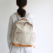 Middle night shirt / Front pocket back pack