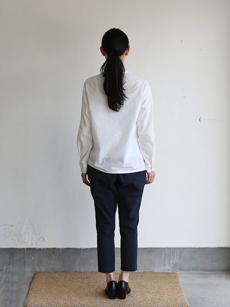 Crew neck slip on blouse / Simple easy tapered pants / Doll slippers Ⅳ 4
