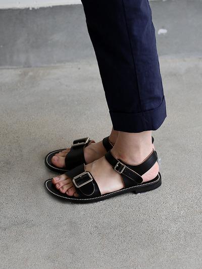 Big buckles sandal 1