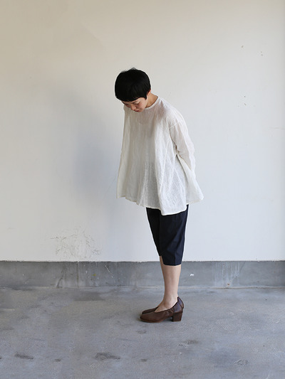 Side gather tent line blouse~shell powder linen 1