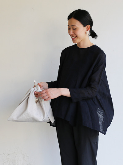 Side gather tent line blouse~ai-susu linen 1