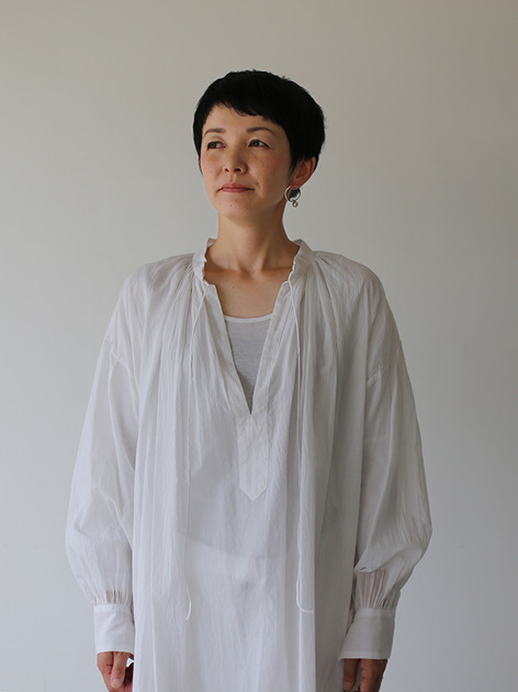 String gather blouse~cotton 4