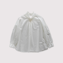 Front smocking blouse~cotton