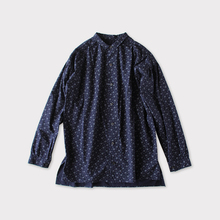 Men's gather blouse~bell flower pin weather