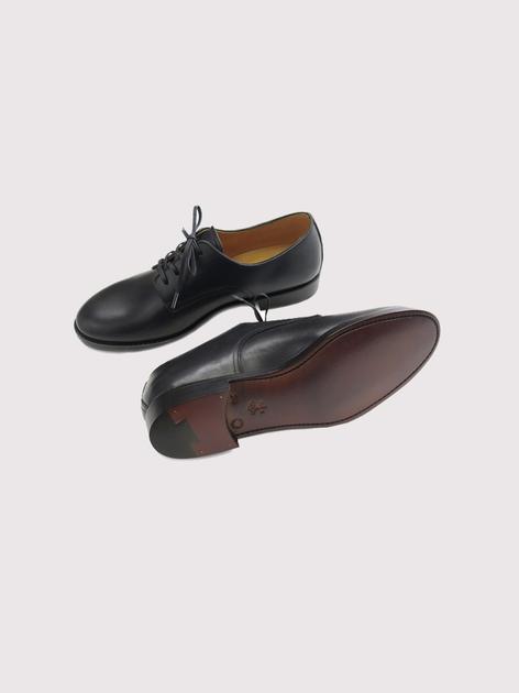 Service shoes 3