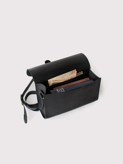 Letter bag~cow leather 3