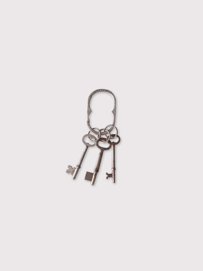 Oval key holder【SOLD】 2