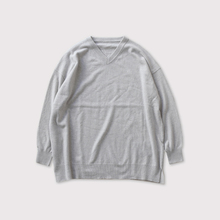 Vneck bulky sweater【SOLD】